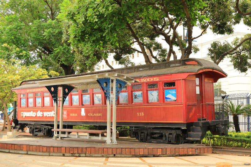 Gammal tågtransport - Malecon 2000 royaltyfri bild