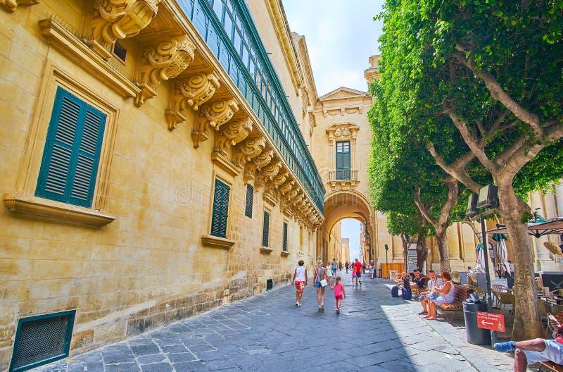 Gammal teatergata, Valletta, Malta royaltyfri fotografi
