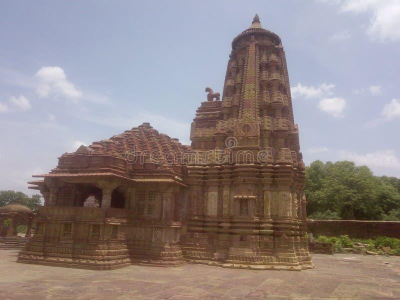 Gammal tempel av lordshivaen i menal arkivbild