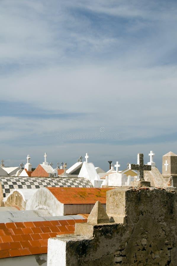 gammal town för bonifaciokyrkogårdcorsica crypts arkivbild
