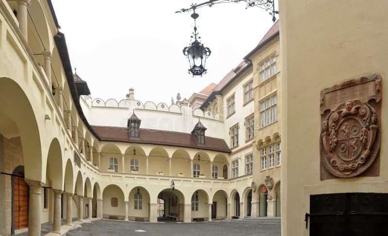 gammal town för bratislava korridor arkivfoton