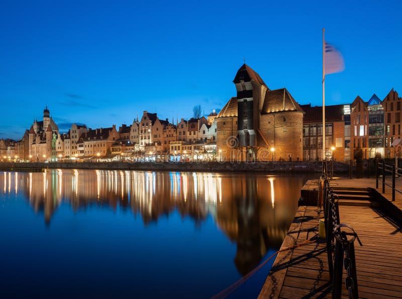 gammal town f?r gdansk natt fotografering för bildbyråer