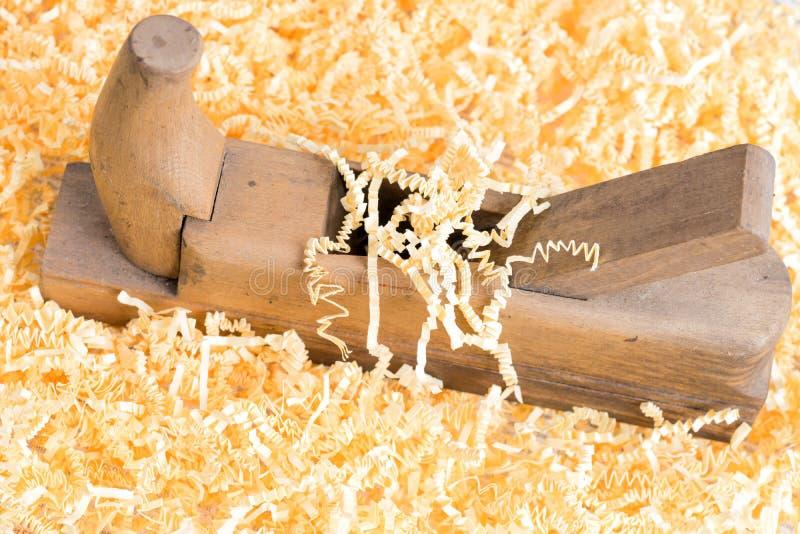 Gammal trähyvlare för snickeri arkivbilder