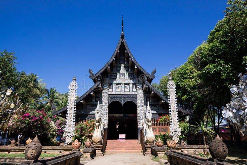 Gammal träkyrka av Wat Lok Molee arkivbilder