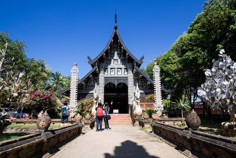 Gammal träkyrka av Wat Lok Molee arkivfoto
