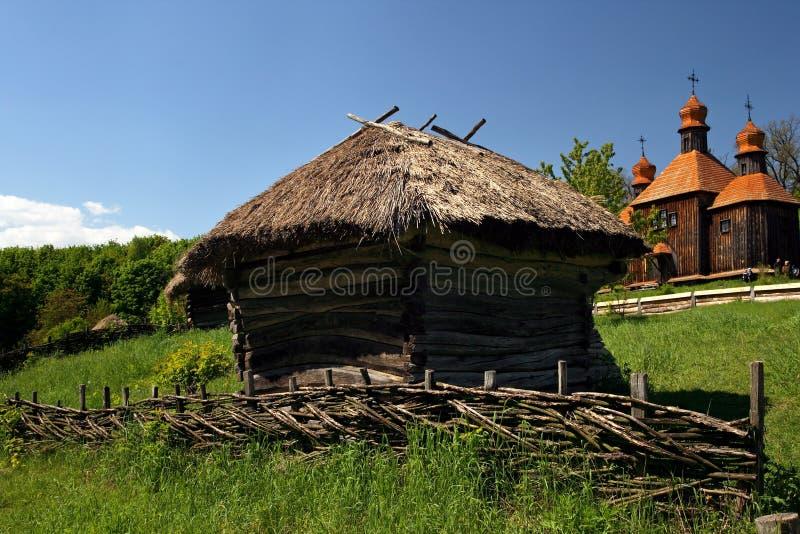gammal traditionell ukrainare för hus arkivbilder