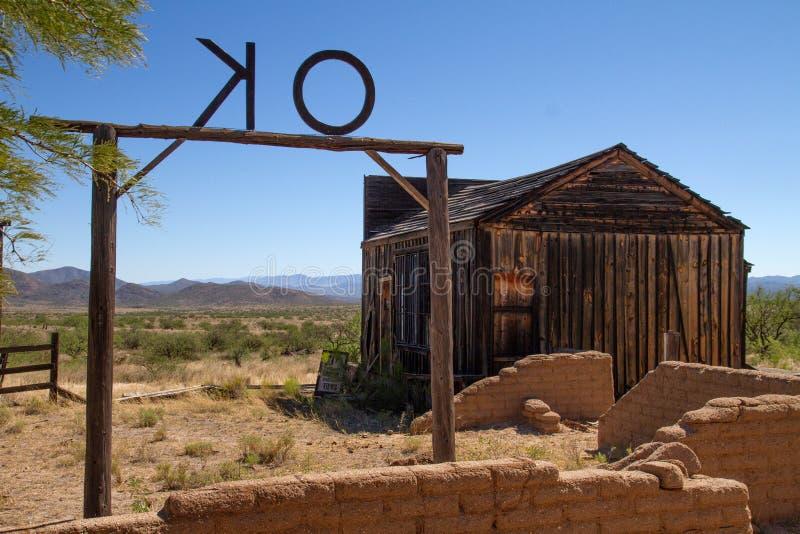 Gammal vilda västernfilmuppsättning i mescalen, Arizona arkivfoto