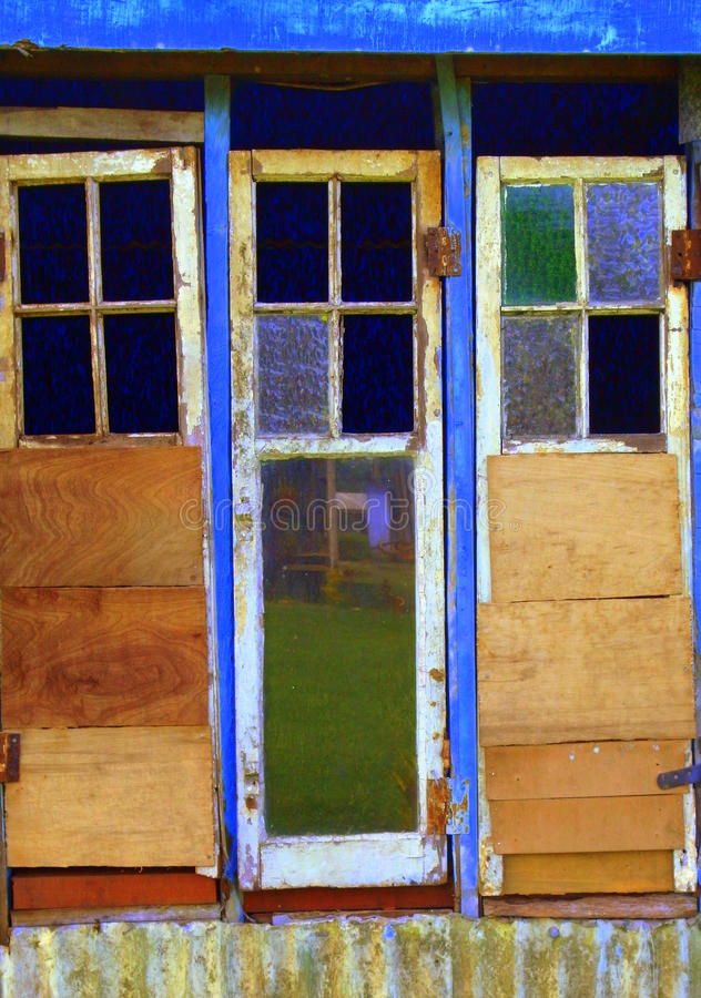 gammala fönster för dörr arkivbilder