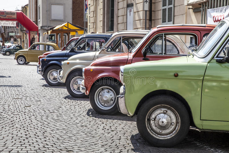 Gammala Fiat 500 arkivbild