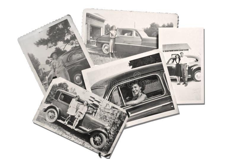 Gammala foto folk och bilar royaltyfria foton