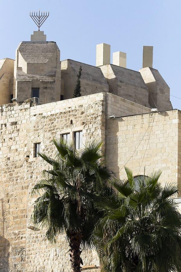 gammala omgeende väggar för forntida stad arkivbild