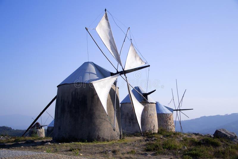 Download Gammala Penacovaportugal Windmills Arkivfoto - Bild av rotera, soligt: 21456608