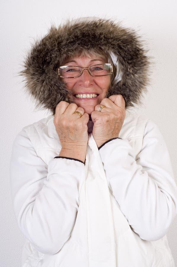 gammalare lycklig le kvinna arkivbilder