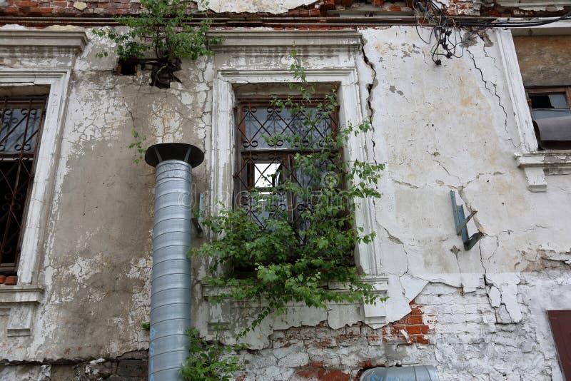 gammalt övergivet hus arkivbilder