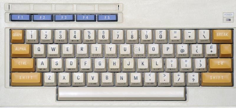 gammalt datortangentbord royaltyfri foto