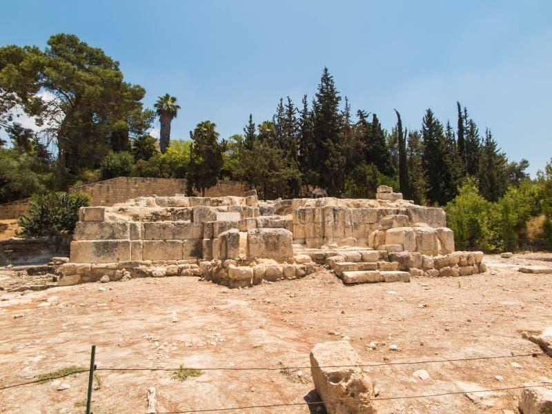 Gammalt fördärvar av byn av Emmaus arkivbild