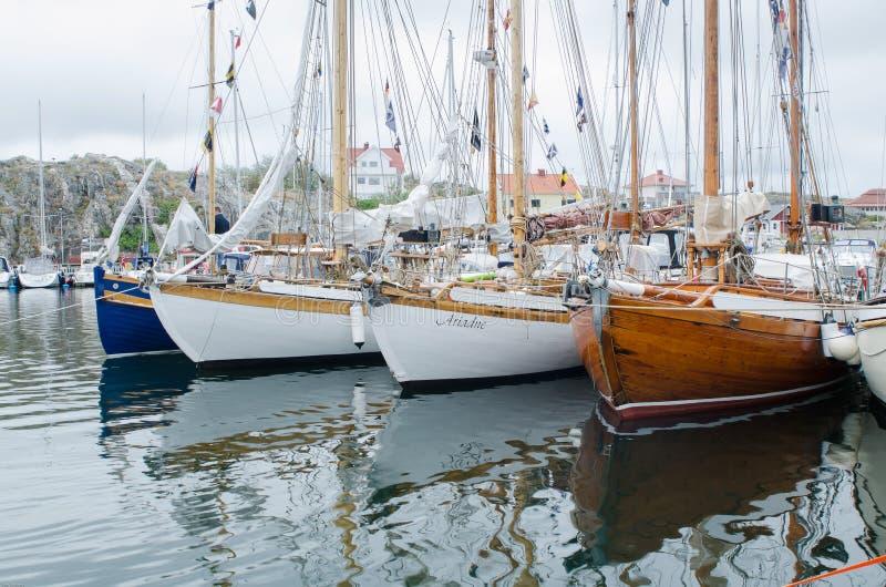 Gammalt fartyg av trä royaltyfri foto