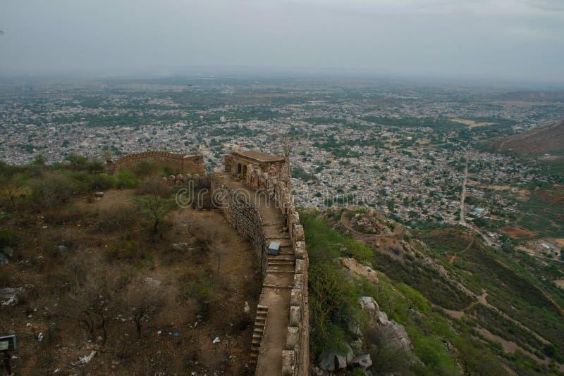 Gammalt fort i Alwar Rajasthan Indien arkivbilder