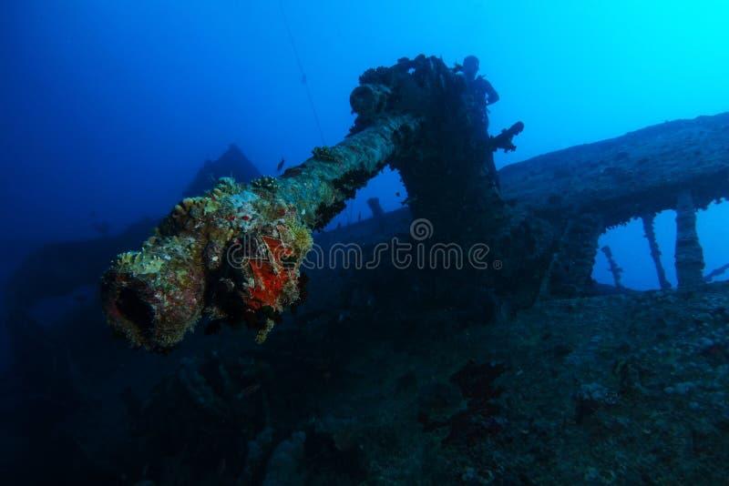 Gammalt luftartilleri över haverinamnet är SS Thistlegorm royaltyfria bilder