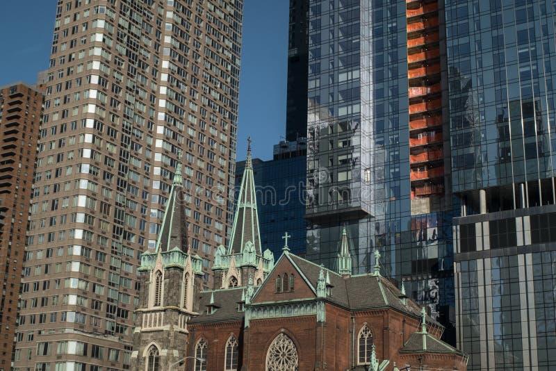 Gammalt och nybyggen i New York arkivbild