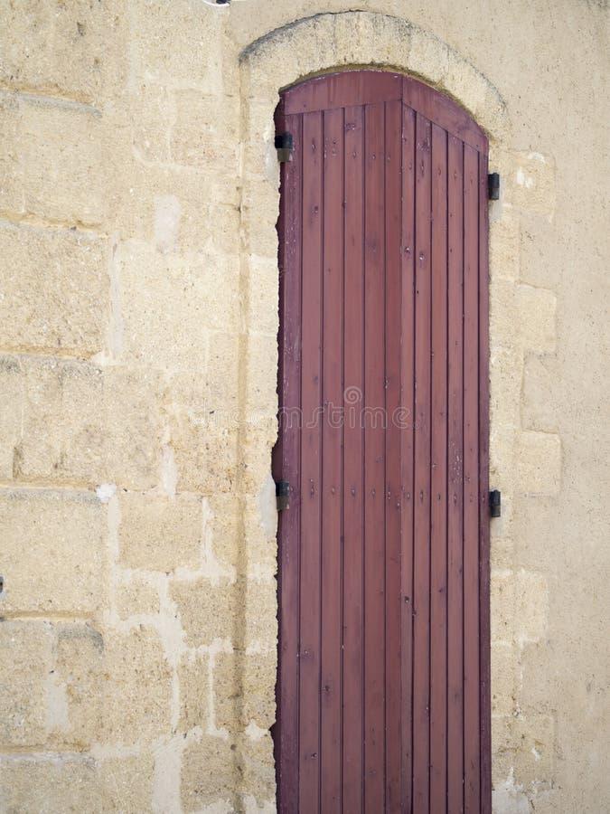 Gammalt provencal fönster royaltyfri foto
