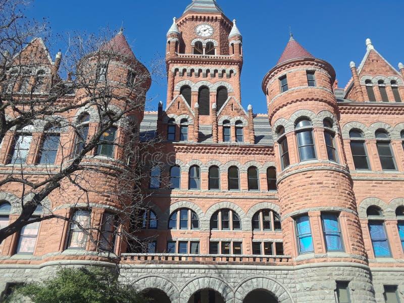 Gammalt rött museum av Dallas County History och kultur royaltyfria bilder