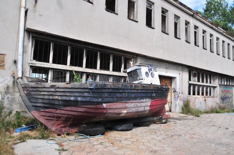 gammalt rostigt för fartyg royaltyfria foton