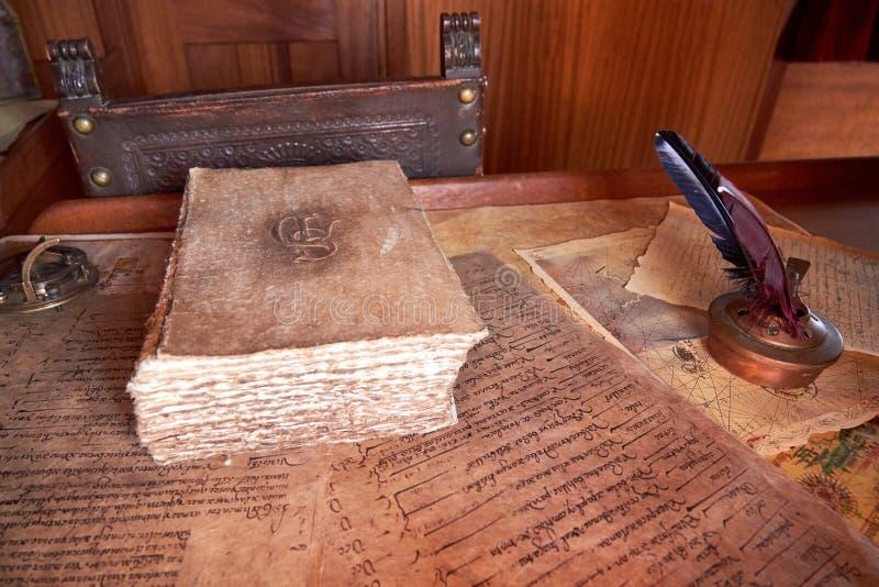 Gammalt segelbåtskrivbord arkivbild