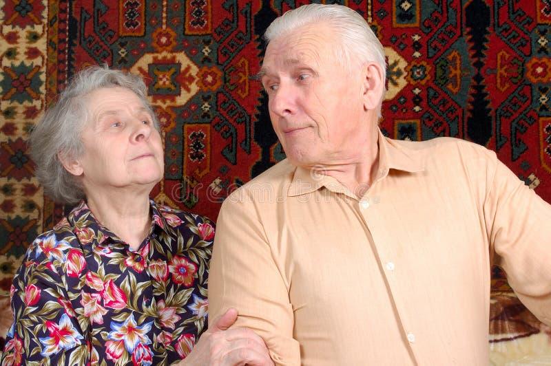 gammalt sjuttioår för par arkivbild