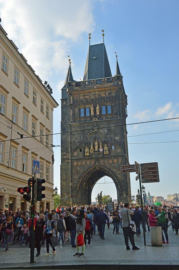 Gammalt stadbrotorn Prague royaltyfria foton