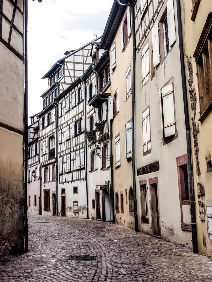 Gammalt stadområde i Colmar, Alsace, Frankrike royaltyfri bild