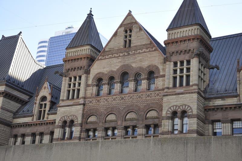 Gammalt stadshus från Phillips Nathan Square av Toronto i det Ontario landskapet Kanada fotografering för bildbyråer