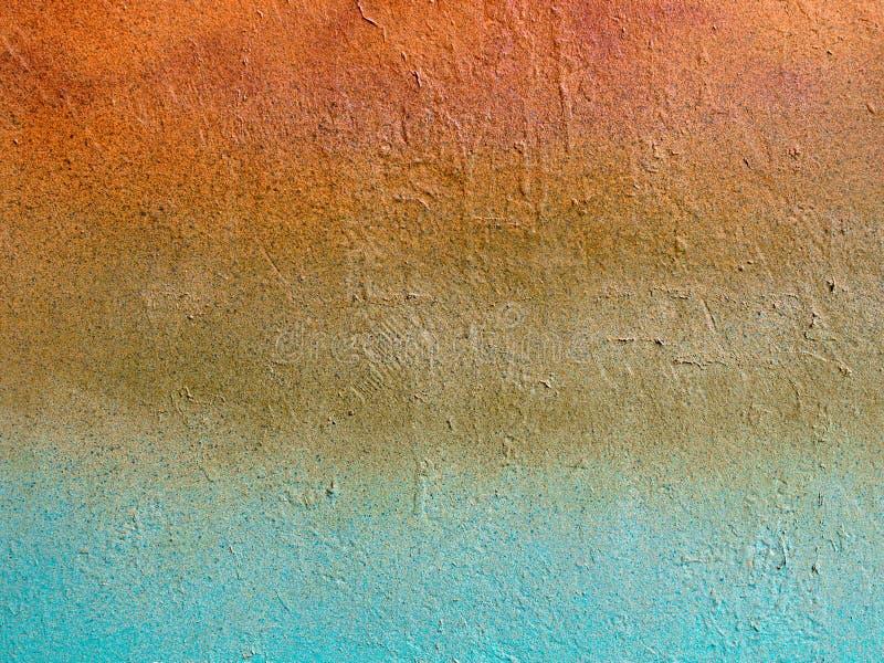 Gammalt stena den tappning mång--färgade väggen: apelsin blåa beigea färger Baner- och kopieringsutrymme för din text eller desig royaltyfria bilder