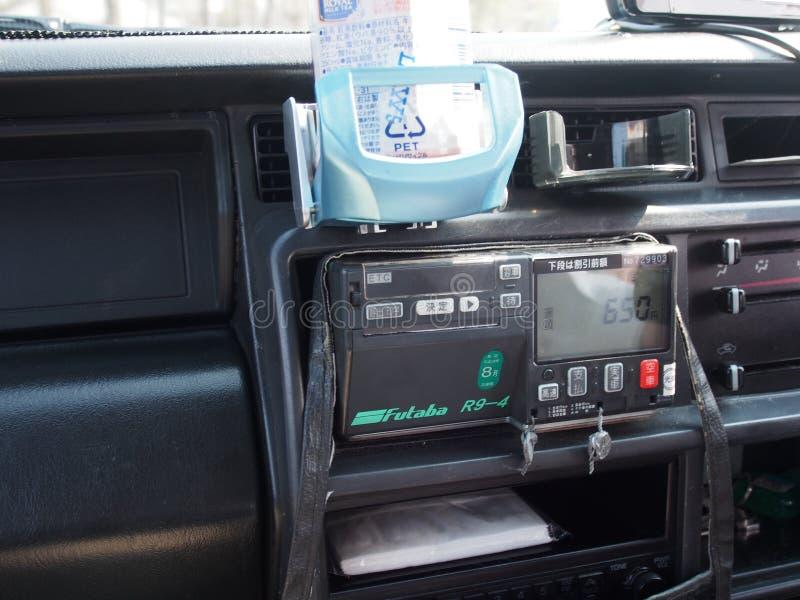 Gammalt taxibilJapan lopp royaltyfri bild