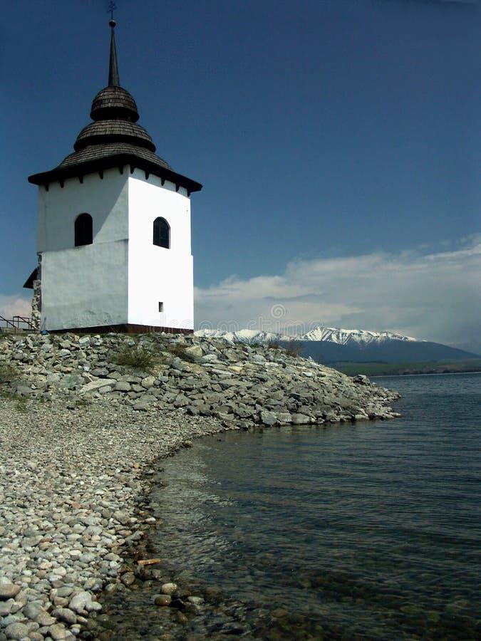 gammalt torn för kustlinje royaltyfria bilder