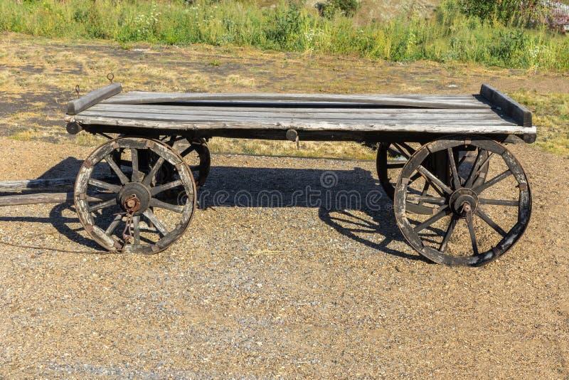 gammalt trä för vagn arkivfoton