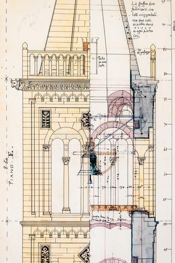 Gammalt utkast av det kyrkliga tornet av St Anastasia i Zadar royaltyfri foto