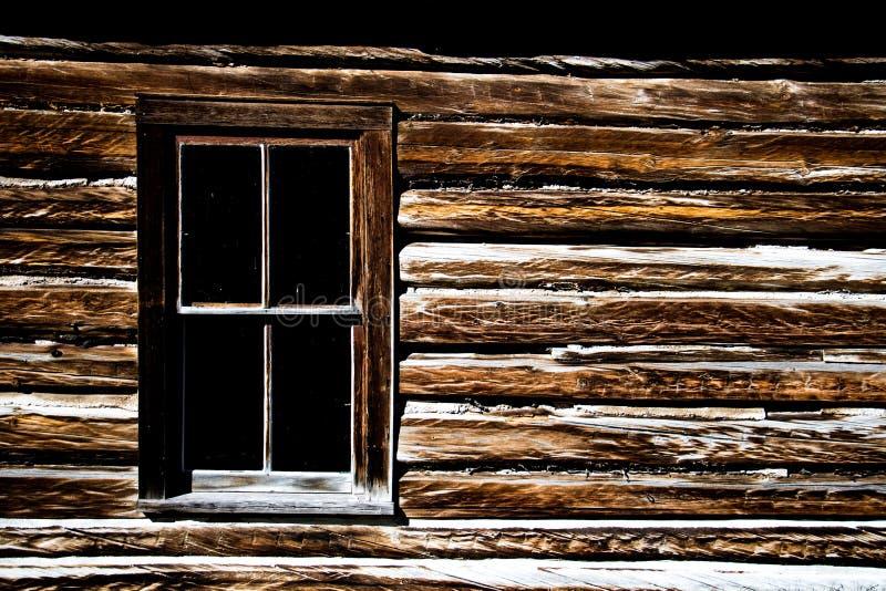 Gammalt västra hem i Montana royaltyfria bilder