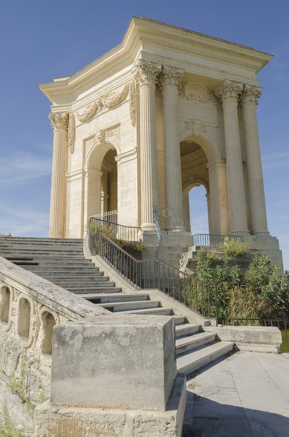 Gammalt vattentorn på promenaden av Peyrou i Montpellier fotografering för bildbyråer