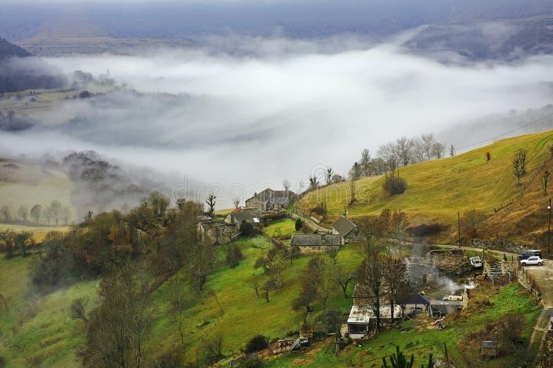 Gamme de montagne de Cevennes images stock