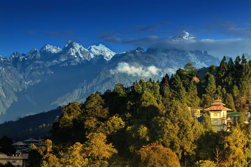Gamme de montagne de l'Himalaya chez Ravangla, Sikkim photos stock