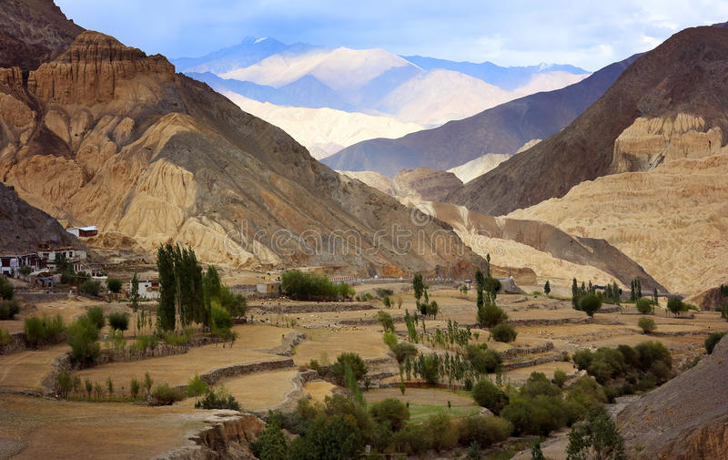 Gamme de montagne de l'Himalaya, Ladakh photos stock