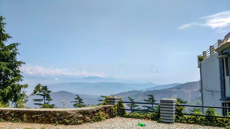 Gamme de montagne de l'Himalaya dans le kausani, Uttarakhand image stock
