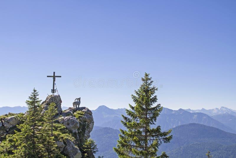 Gamskopf - pequeña cumbre en el área de Brauneck fotografía de archivo