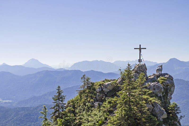 Gamskopf - petit sommet dans la région de Brauneck images stock