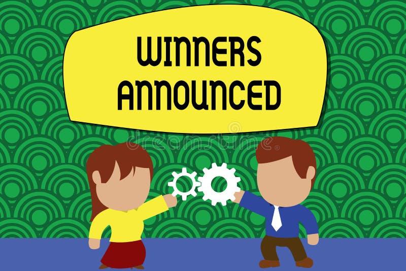 Ganadores del texto de la escritura de la palabra anunciados Concepto del negocio para anunciar quién ganó la competencia o cualq stock de ilustración