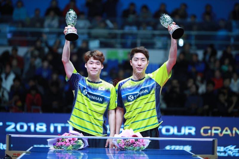 Ganadores JANG Woojin KOR y LIM Jonghoon de los dobles de los hombres foto de archivo libre de regalías