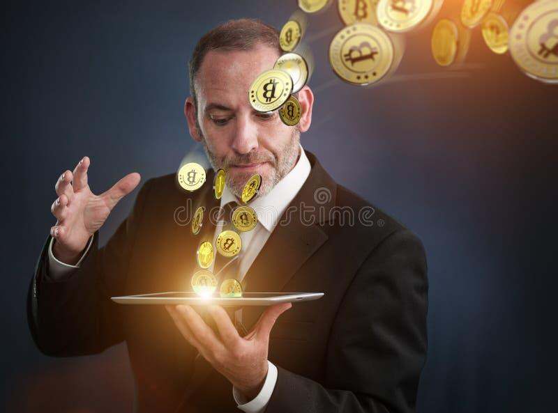 Ganancia Bitcoins imagen de archivo libre de regalías