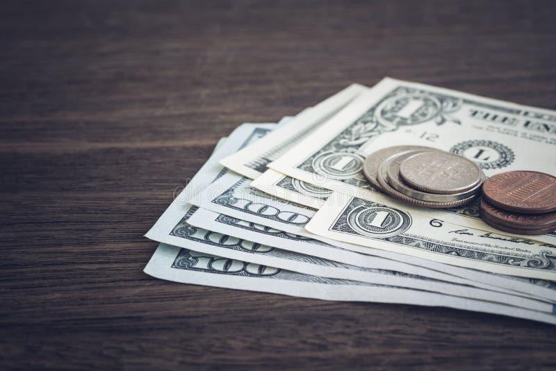 Ganancia del dinero de la moneda, del dólar de EE. UU. o pago foto de archivo