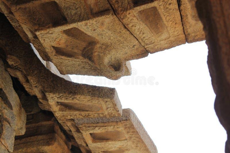 Gancho del techo del templo de Hampi Vittala fotos de archivo